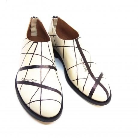 connect - detach נעליים מצויירות ביד